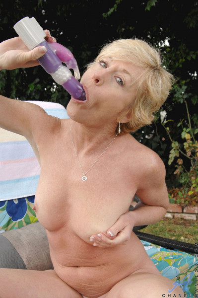 Von alten frauen sexbilder Freeporn Sexbilder